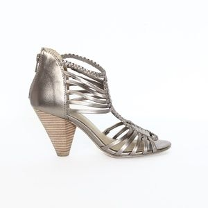 Seychelles Gladiator Sandal Metallic Leather sz 6
